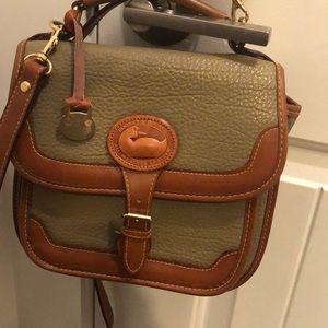 Handbags - Vintage dooney great condition!